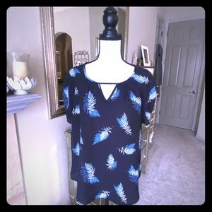 🍭3/25🍭 Blue Feather Keyhole Ruched Sleeve Blouse